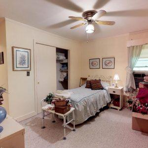 409 Laurel Ct 2nd Bedroom